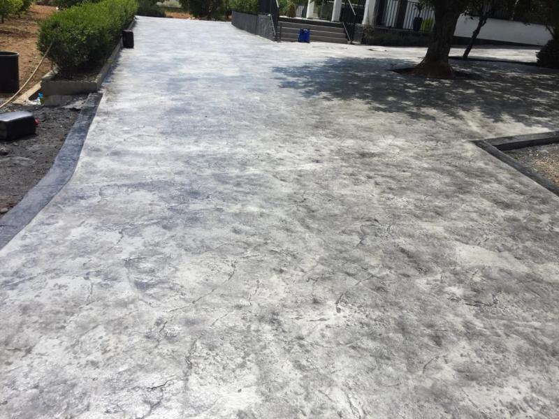 hormigon impreso patios y terrazas exteriores