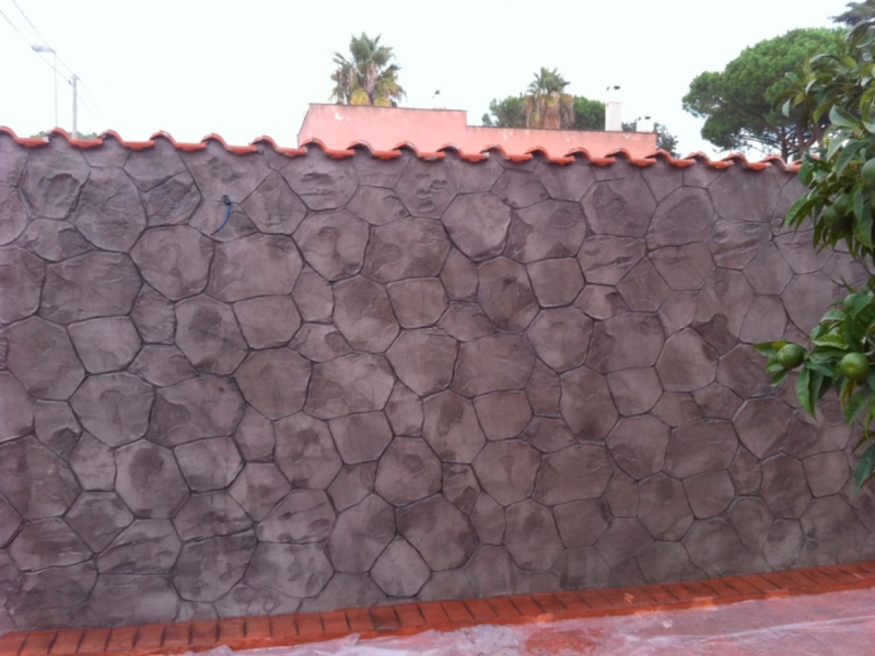 Hormigon impreso vertical paredes y muros exteriores Presupuesto hormigón impreso